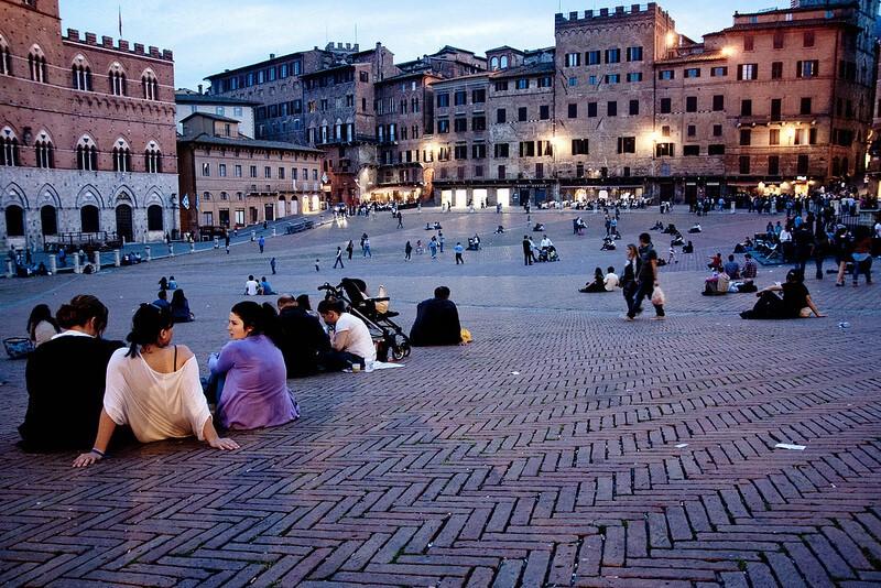 اقامت در ایتالیا